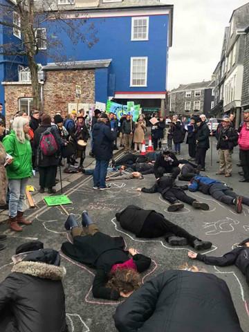 Acciones en Totnes en el Día de la Rebelión. Foto: Marcos Rivero