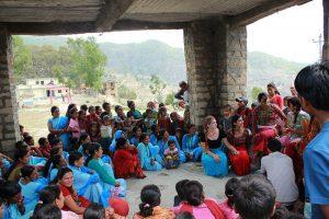 Programa masivo de educación en salud comunitaria para educar a las mujeres Achham y desafiar la tradición de la región de mantener a las mujeres menstruantes en cobertizos pequeños y mal ventilados, que a veces comparten con las vacas. Esta tradición, también conocida como Chhaupadi, a menudo compromete la salud de la mujer de muchas formas diferentes.